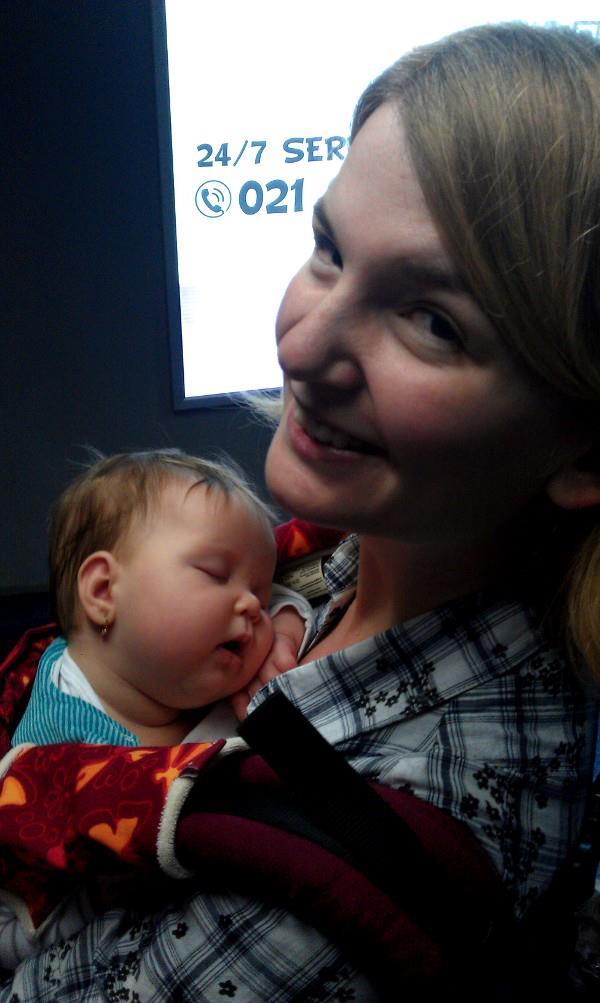 Bebe in aeroport