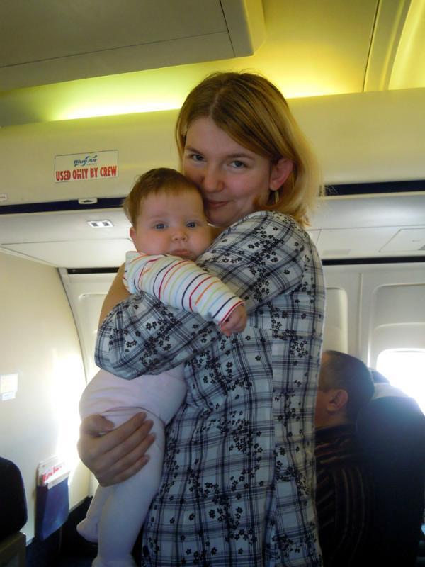 Bebe in avion