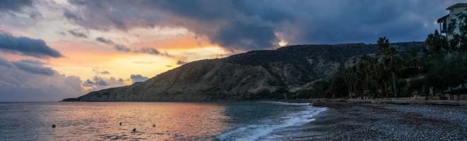 [video] Pissouri Beach – micile bucurii ale unui apus pe plaja