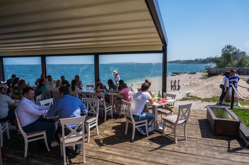 <b>Pescaria lui Matei</b> – recomandare de restaurant child friendly pe litoralul romanesc
