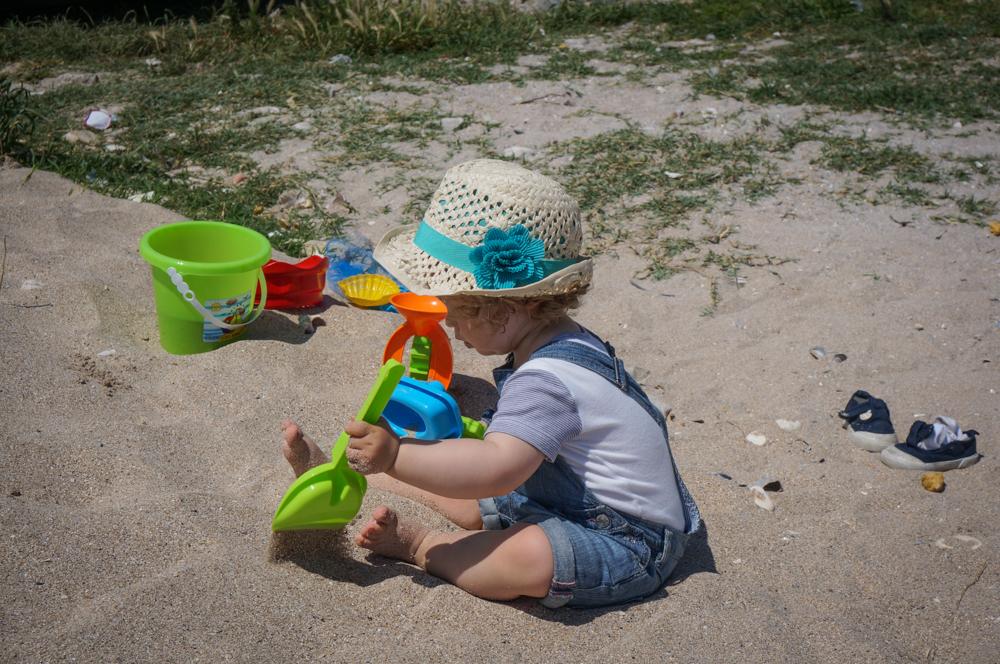 <b>14 idei anti plictiseala</b> pentru o vacanta la mare cu copiii