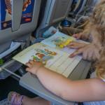 Cinci idei de jucarii pentru un zbor linistit cu copiii