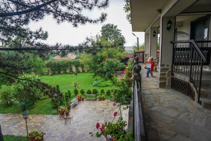 impresii villa bulgara eco madara-5
