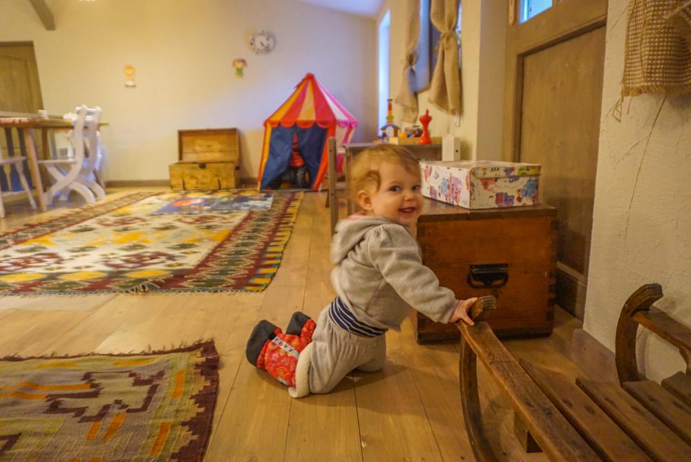 6 idei de <b>cadouri pentru copilasii calatori</b>