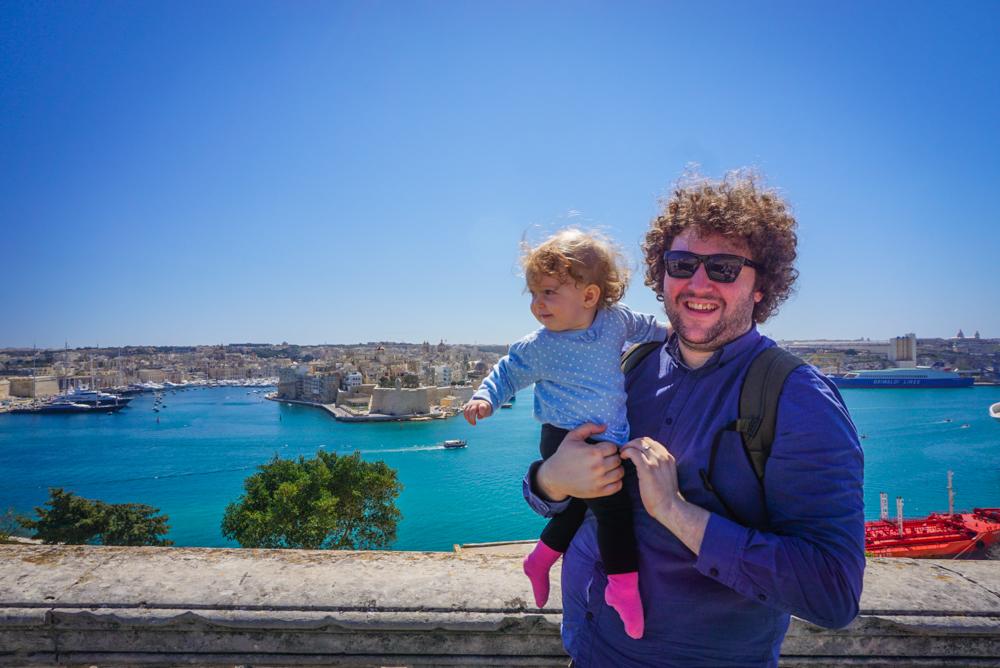 <b>[VIDEO] Malta</b> prin ochi de bebe calator