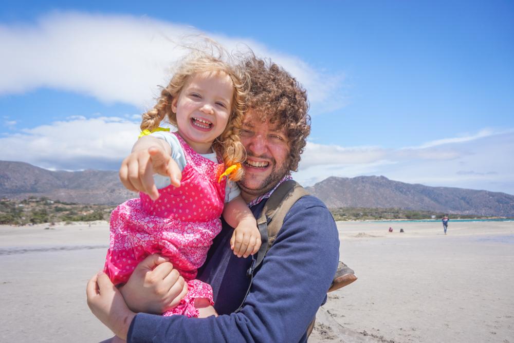 Elafonisi – (poate) <b>cea mai faina plaja din Creta</b> pentru familii cu copii