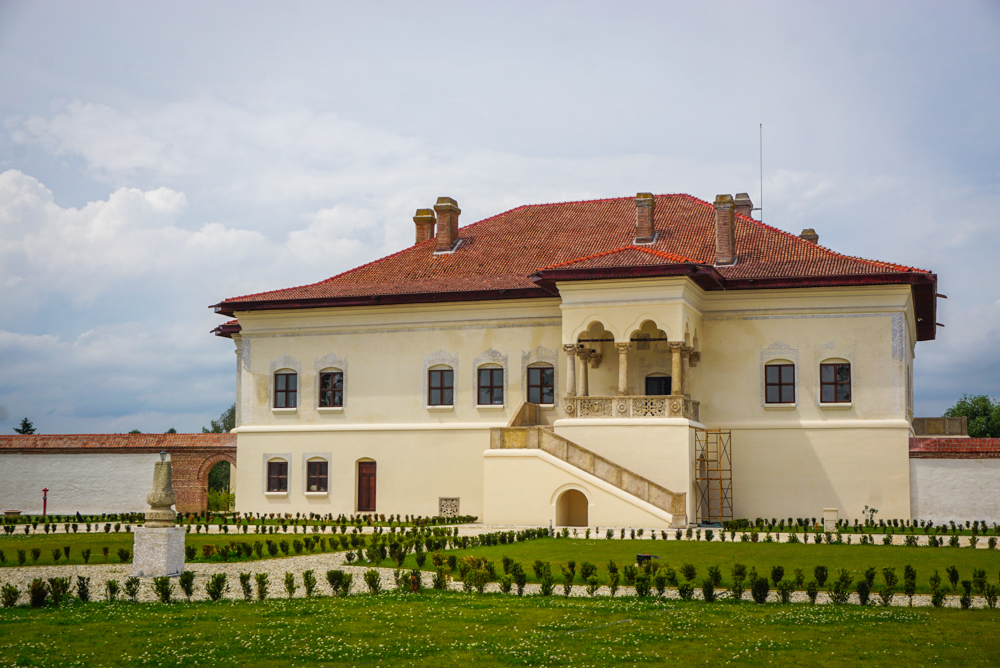 palatul brancovenesc potlogi-21