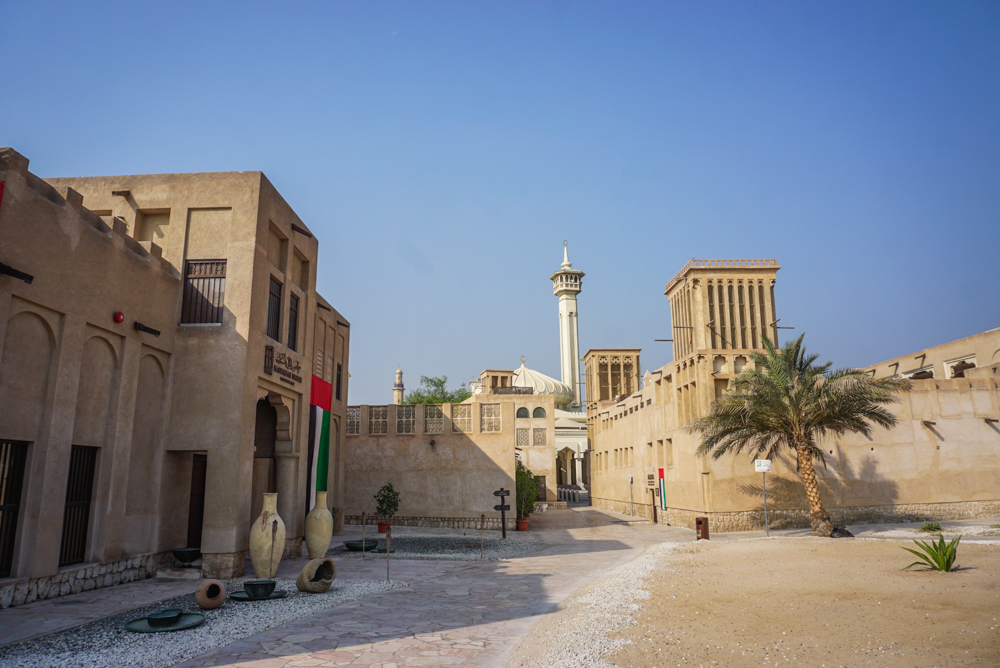 <b>20 de motive</b> sa mergi cu copiii in Dubai