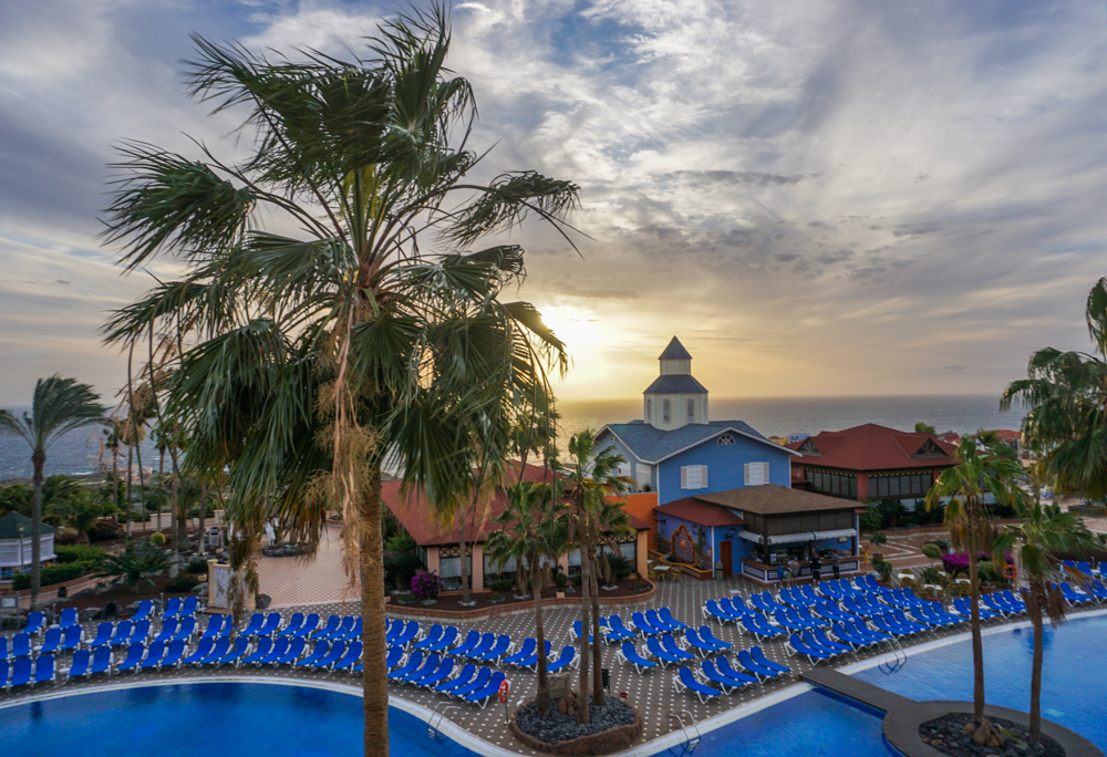 <b>Bahia Principe Tenerife</b> – o idee de resort all inclusive prietenos cu familiile