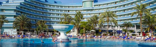 Hotel Mediterranean Palace – cum sa ai timp si-n doi, si cu toata familia in Tenerife