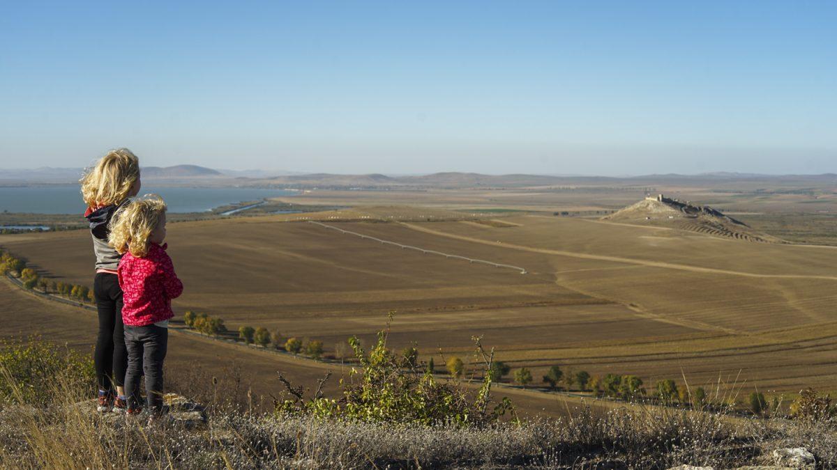 7 locuri mai putin cunoscute din <b>Dobrogea unde sa mergi cu copiii</b>